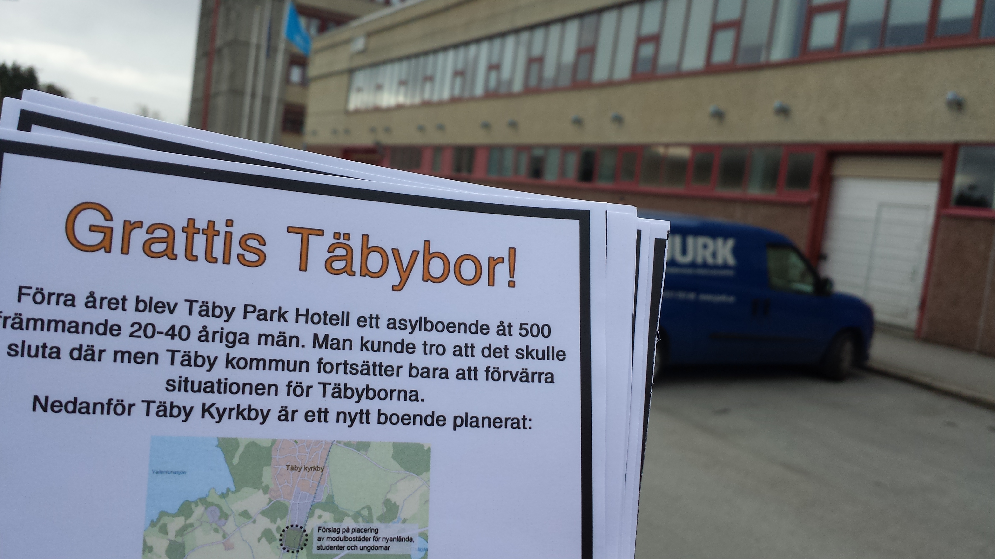 Flygbladsutdelning, Åva Gymnasium